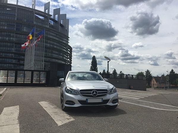 Service de transport de personnes avec le parlement européen